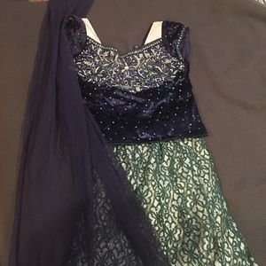 Beautiful Indian outfit for girls: 6-10 years old (75 cams) for Sale in Sudbury, MA