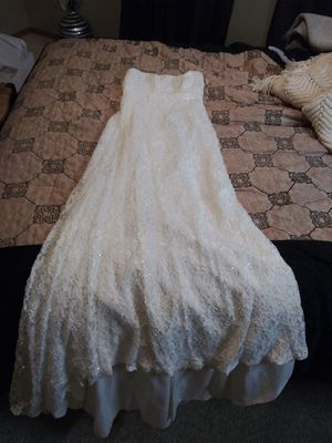 Wedding dress and snow camo vest for Sale in Meridian, ID