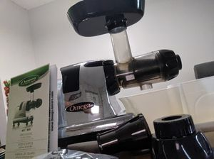 Omega juicer for Sale in Dublin, OH