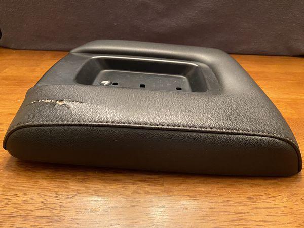 Genuine GM front center console lid armrest