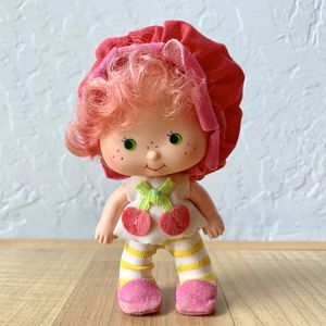 Vintage Strawberry Shortcake Baby Cherry Cuddler Collectable Doll Toy for Sale in Elizabethtown, PA