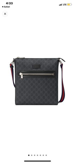 Gucci messenger bag slightly used 600 firm for Sale in Highland Hills, OH