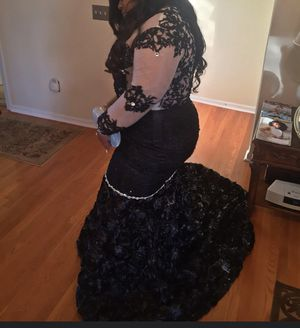 BLACK PROM DRESS for Sale in East St. Louis, IL