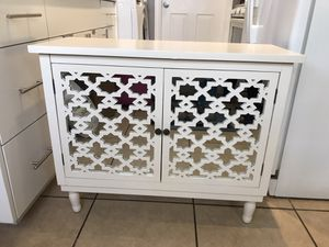 Shabby Chic Modern Off White Mirrored Hutch Cabinet for Sale in Los Angeles, CA