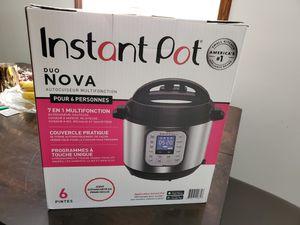 Instant Pot - Duo Nova for Sale in Los Angeles, CA