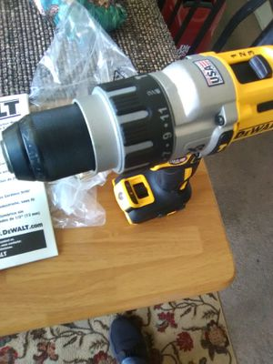 DEWALT 20v MAX XR 3-Speed 1/2 in. Premium Brushless Hammer Drill (Tool-Only) New for Sale in San Diego, CA