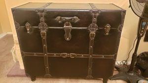 Antique design trunk for Sale in Fullerton, CA