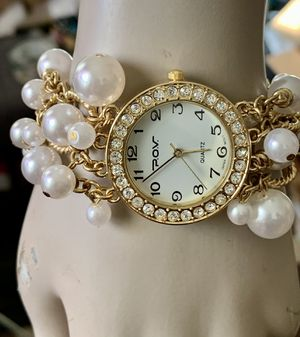 Beautiful Antique MOVT Gold Plated Bracelet WatchWhite Pears & White Rhinestones Quartz Japan Watch 7.5 inch PRICE IS FIRM for Sale in Mountain View, CA