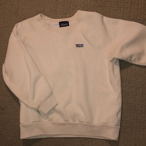 SMALL PATAGONIA CREWNECK SWEATSHIRT for Sale in Chicago, IL