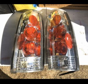 Chevrolet Chevy GMC Yukon Tahoe Suburban Car Vehicle Tail Break Light Set Parts for Sale in Montebello, CA