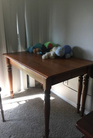 Wood table for Sale in Aliso Viejo, CA