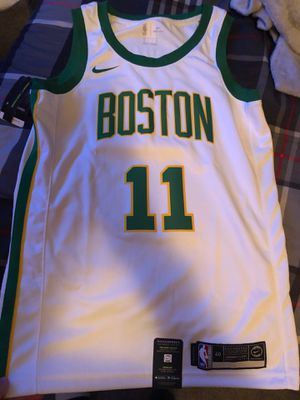 Boston Celtics Kyrie Irving Jersey for Sale in San Marcos, TX