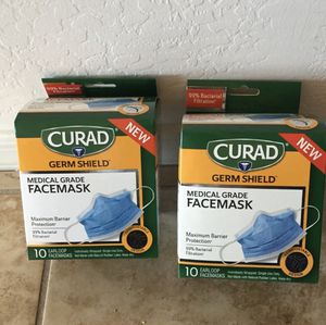 2 curad face mask. Brand New for Sale in Puyallup, WA