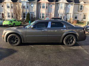 08 chrysler 300 for Sale in Woodbridge, VA
