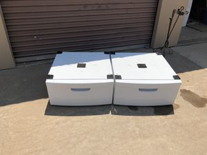 Samsung washer & dryer pedestals for Sale in San Angelo, TX