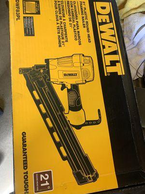 DWF83PLR Dewalt 21 Degree Round Head Framing Nail Gun Nailer for Sale in Carson, CA