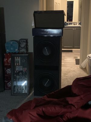 Q power subs 15s and 4000 watt amp for Sale in Conroe, TX