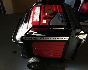 Very Nice Portable Generator / Honda EU7000is for Sale in Honolulu, HI