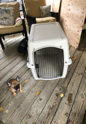Bargain hound 36 inch dog kennel for Sale in Marlboro Township, NJ
