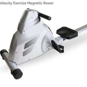 Velocity Rowing Machine Like New! for Sale in West Palm Beach, FL