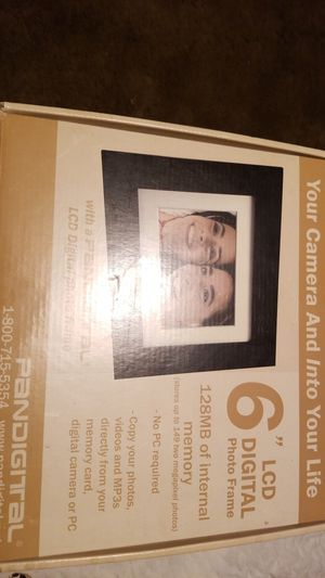 "Pandigital 6""LCD Digital Photo Frame for Sale in Saint Paul, MN"