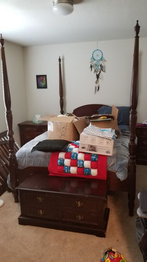 8 piece solid wood bedroom suite for Sale in Rosenberg, TX