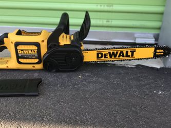 Dewalt 60 Vol Chainsaw 16 In TOOL ONLY for Sale in North Las Vegas,  NV