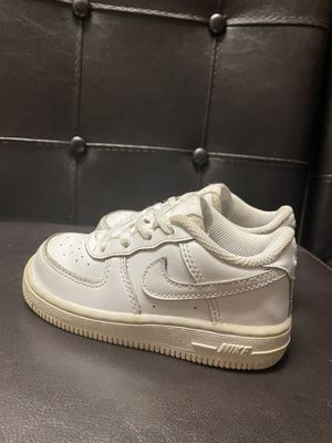 Nike Toddler Sneakers Size 8c for Sale in Riverview, FL