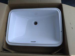 """Porcelain restroom sink new in box size 21x14.5""""/ lavamanos para baño nuevo en su caja for Sale in Fontana, CA"""