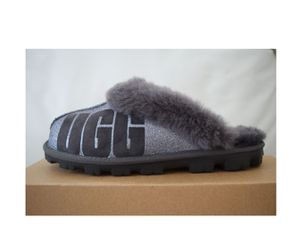 UGG Women's Coquette Slippers Size 10 for Sale in Kenneth City, FL
