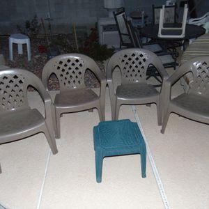 Five Pieces Patio Furniture for Sale in Las Vegas, NV