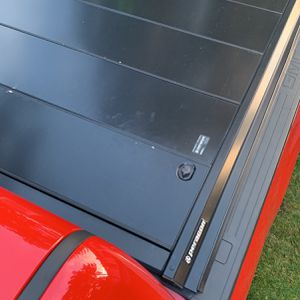 Tonneau Cover Retractable 78'' (6 Feet, 6 Inches) Bed for Sale in Puyallup, WA