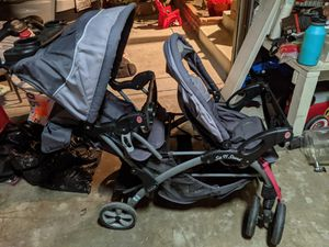 Babytrend sit n stand double stroller good condition for Sale in Santa Fe Springs, CA