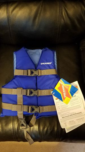 Stearns Child's boating vest for Sale in Anchorage, AK