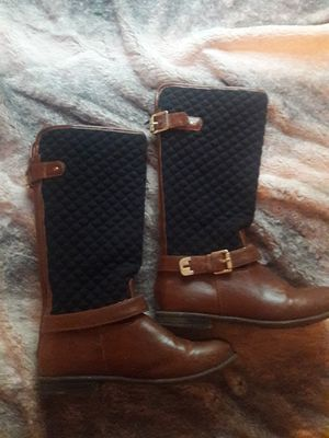 Size 3 tommy hilfiger equestrian boots for Sale in Goshen, IN