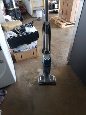 Bissell symphony all in one vacuum steam mop for Sale in Honolulu, HI
