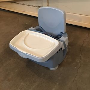 Booster Seat for Sale in Snohomish, WA
