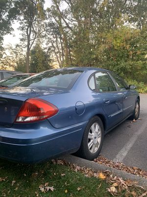 Ford Taurus 2004 for Sale in Hartford, CT