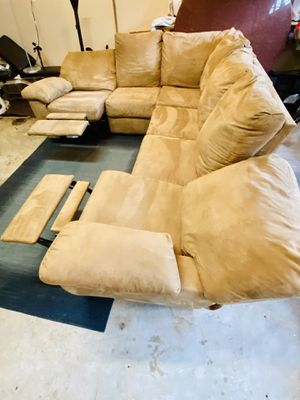 Only two years old sectional with recliners NO STAINS for Sale in Manassas Park, VA