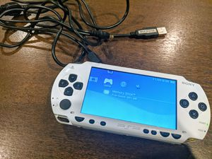 Modded Unlocked Genuine White PSP 32GB for Sale in Richmond, TX