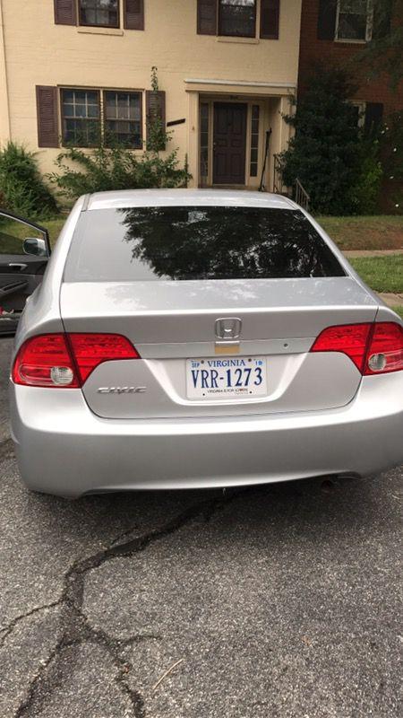 Honda civi 2006 con 1200 mil millas todo al cien precio 4800negociable