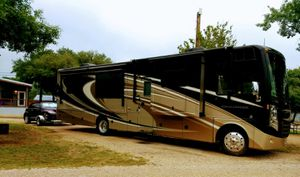 Flat tow vehicle to pull behind Class A motorhome for Sale in Cheyenne, WY