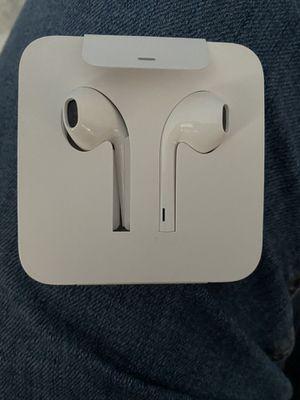 Apple headphones for Sale in San Diego, CA