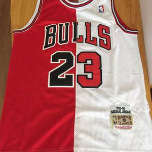 small Chicago bulls Micheal jordan bulls Mitchell and ness jersey for Sale in Lithonia, GA