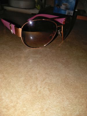 Breast Cancer Pink Sunglasses for Sale in Eastpointe, MI