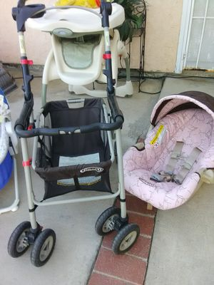 Graco stroller complete set w/base$30 firm for Sale in Moreno Valley, CA