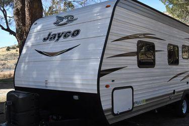 2018 Jayco Jay Flight SLX 232 RBW for Sale in Los Angeles,  CA