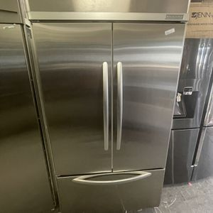 """42"""" Kitchen Aid Frenchdoor Refrigerator for Sale in Menifee, CA"""