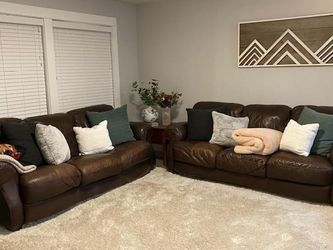 Leather Couches for Sale in Oak Grove,  OR