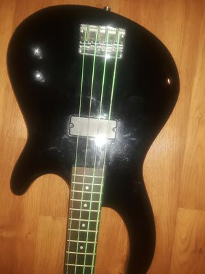 Dean 6 string electric bass guitar for Sale in Irvine, CA
